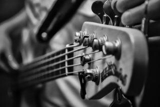 ギターとベースの低域の兼ね合いについて【ミキシング】
